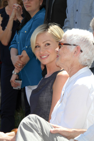 Portia de Rossi and Betty DeGeneres-AES-077332