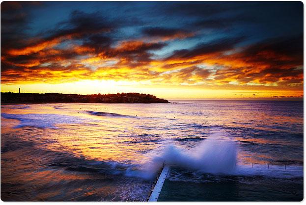 20100609-icebergs-vivid-sunrise